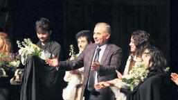 Denizli Büyükşehir  Tiyatrosu'na 2 ödül