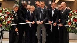 Beşiktaş'ın alışveriş merkezi açıldı