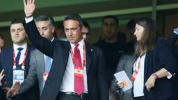 Fenerbahçe ve Galatasaray formasını ateşe verdiler!