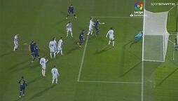 Real Madrid, Valladolid'i yenerek liderliği aldı!