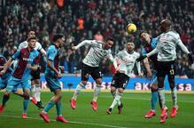 Daniel Sturridge'den Beşiktaş taraftarına işaret! 'Sakin olun'