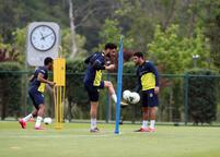 Fenerbahçe, Riva'da çalışmaya devam ediyor! Ozan Tufan...