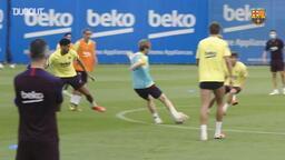 Barça antrenmanlarını tam kadro olarak yapmaya başladı