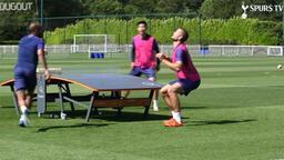 Tottenham'ın yıldızları Kane ve Son'dan ayak tenisi challenge...