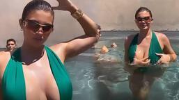 Kylie Jenner'ın havuz keyfi!