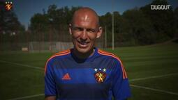 Arjen Robben Sport Recife formasını giyiyor