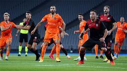Son dakika haberleri | Başakşehir 3'te 0 çekti! Okan Buruk krizi...