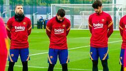 Messi, Maradona'ya saygı duruşunda kendini zor tuttu!