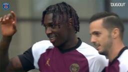 PSG'li Moise Kean'in Strasbourg'a attığı gol