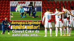 Son dakika - UEFA Avrupa Ligi'nde tarihi anlar! Cüneyt Çakır da o harekete katıldı ama şok tepkiyle karşılaştılar...