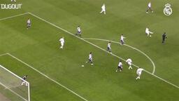 Guti'nin, Sevilla maçında Zidane'a yaptığı müthiş asist