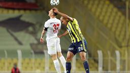 Fenerbahçe- Sivasspor maçında kareler