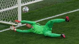 Son dakika haberi - Kendi kalesine gol atan Szczesny, tarihe geçti! Merih Demiral...