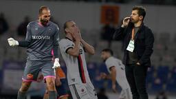 Son dakika haberleri: Geceye damga vuran hamle! Emre Belözoğlu ilk maçında...