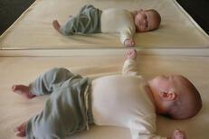 1 Yaş ve Öncesi İçin Montessori Aktiviteleri