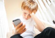 100 çocuktan 43'ü online zorbalığa uğruyor
