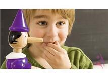 Çocukların Yalan Söylemelerini Önlemek ve Dürüstlüğe Alıştırmak İçin 10 Etkili Yol