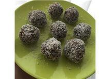 SAĞLIKLI TATLI: Yağsız Unsuz Şekersiz Kakao Topları