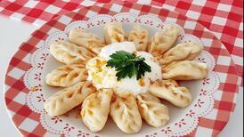 Kars'ın meşhur yemeği: Hıngel mantı