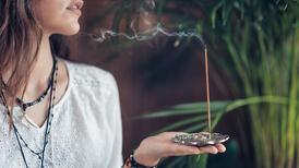 Evdeki negatif enerjiyi gönderen tütsü çeşitleri