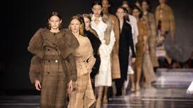 Londra Moda Haftası: Bir başka Burberry