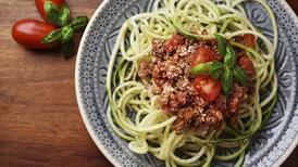Kabağı hiç böyle yemediniz: Kabak spagetti tarifi