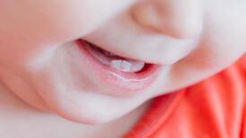 Diş çıkarma dönemindeki bebekler nasıl rahatlatılır?