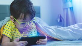 Çocuklarınız sosyal medyada olmalı mı?