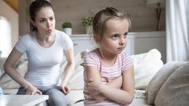 Çocuğumu anaokuluna göndersem öfkesi söner, inatçılığı geçer mi?