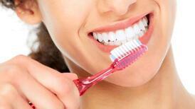 Diş fırçalamak korona virüsten korur mu?
