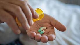 Antidepresan kullananlar dikkat! Uzmanı yan etkilerini açıkladı!
