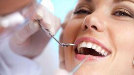 Dişlerinizi mahveden 9 alışkanlık
