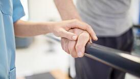 Fizik tedavi süreci engelli bireylerin bağımsızlığını artırıyor