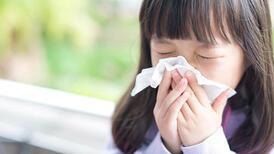 Ailelere uyarı: Çocuğunuz nezle değil, soğuk alerjisi olabilir