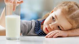 Güçlü bir bağışıklık için çocuklar her gün iki bardak süt içmeli!
