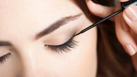 Dipliner Nedir, Nasıl Sürülür? Dipliner İle Eyeliner Farkı Nedir?