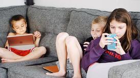 Pandemi döneminde çocuklarda depresyon ve dijital bağımlılık arttı