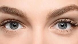 Kaş ve göz kapağı düşüklüğü nasıl toparlanır?