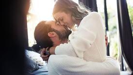 """Evlilikleri güçlendirmek için öneriler: """"Teması kesmeyin, sevgi sözcükleri kullanın..."""""""