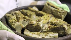 Aksaray mutfağının tescilli lezzeti 'tulum kebabı' iftar sofralarında yer alıyor!