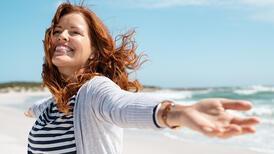 Daha mutlu bir yaşam için bireysel enerjiyi yükseltmenin yolları