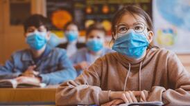 Okulda gözlük kullanılması başarıyı azaltır mı?