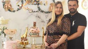 Sezin Erbil'den kızı Elisa'ya yalıda baby shower