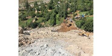 Artvin'de Uçuruma Yuvarlanan Kamyonun Sürücüsü Öldü