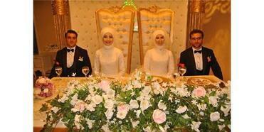 İki Kardeş Aynı Düğünde Evlendi