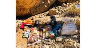 Van'da Sığınakta Pkk'lıların Yaşam Malzemeleri Ele Geçirildi