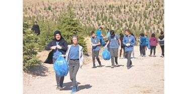 Niğde'de 385 Öğrenci İle Doğa Temizliği