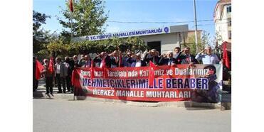 Çorum'da Muhtar Ve Öğrencilerden Mehmetçiğe Destek