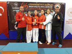 Bağlar, Karate Turnuvası'nda 3'üncü