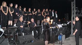 Alaşehir'de Cumhuriyet konseri